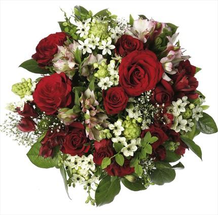Kırmızı güller ve mevsim çiçeklerinden hazırlanmış buket