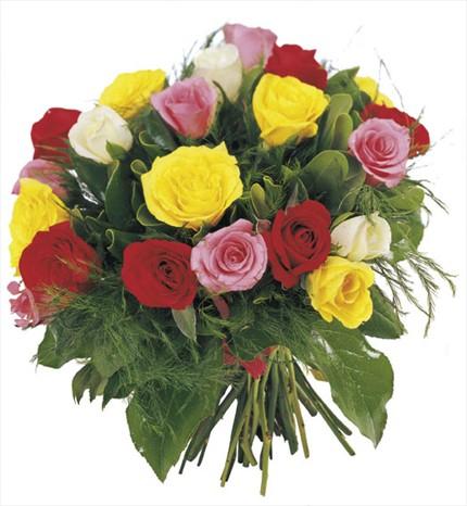 Renkli güllerden hazırlanmış buket