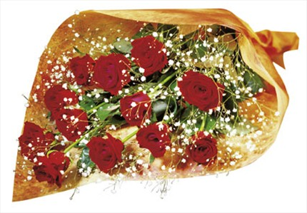 12 adet kırmızı güllerden buket