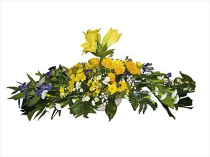 Cenaze için mevsim aranjmanı