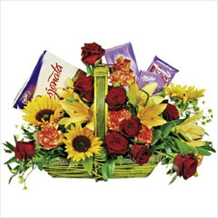 Hediye ve çiçek sepeti
