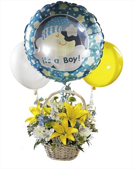 Balonlu erkek bebek aranjmanı