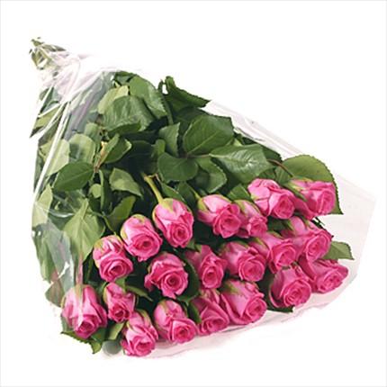 21 adet özel uzun boylu pembe güllerden hazırlanmış buket