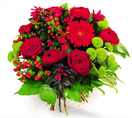 Kırmızı çiçeklerle hazırlanmış buket