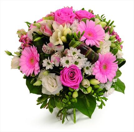 Pembe güller ve gerberalarla hazırlanmış mevsim buketi