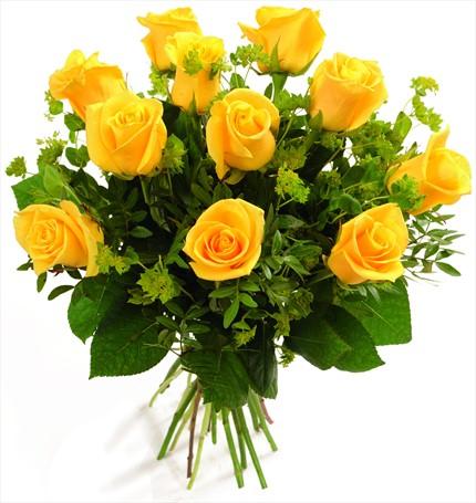 Sarı güllerden hazırlanmış buket