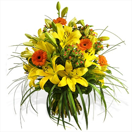 Sarı çiçeklerden hazırlanmış özel tasarım