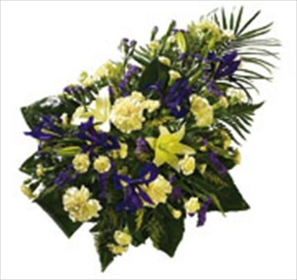 Cenaze için serpme çiçekler