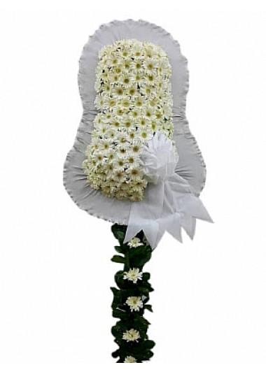 Beyaz açılış düğün çiçeği /Beyaz renkte cerberalardan hazırlanmış düğün ve kutlama çiçeği çelenk duvak ortalama boy (240-250 cm)