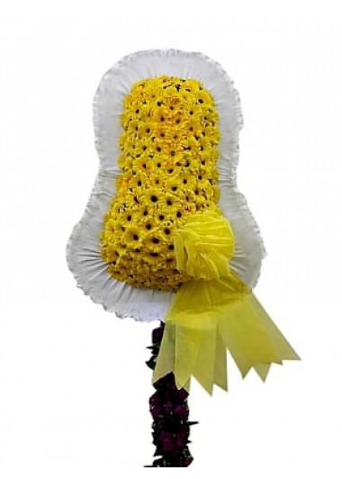 Sarı açılış düğün çiçeği /Sarı renkte cerberalardan hazırlanmış düğün ve kutlama çiçeği çelenk duvak ortalama boy (240-250 cm)