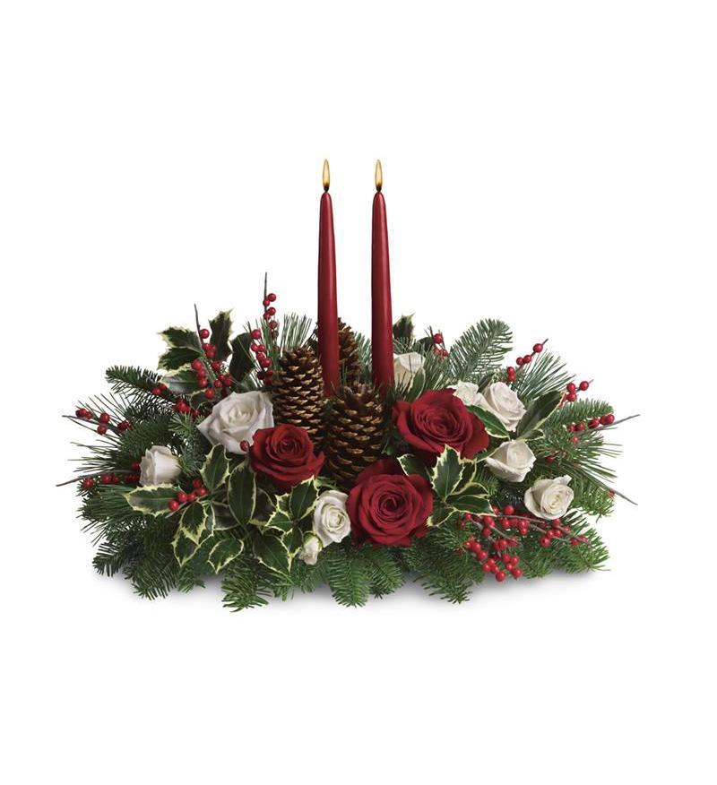 Yılbaşı özel tasarım aranjman /Beyaz kırmızı gül kozalak ve kırmızı mumlar ile dekore edilmiş yeni yıl aranjman